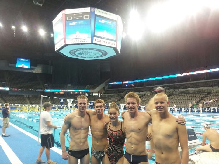 2012-swimvitational-team.jpg